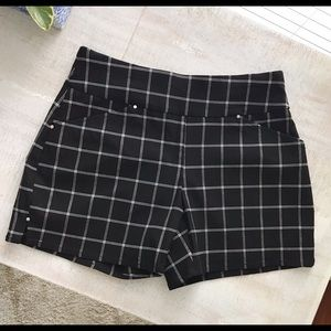Windowpane Pull-On Shorts